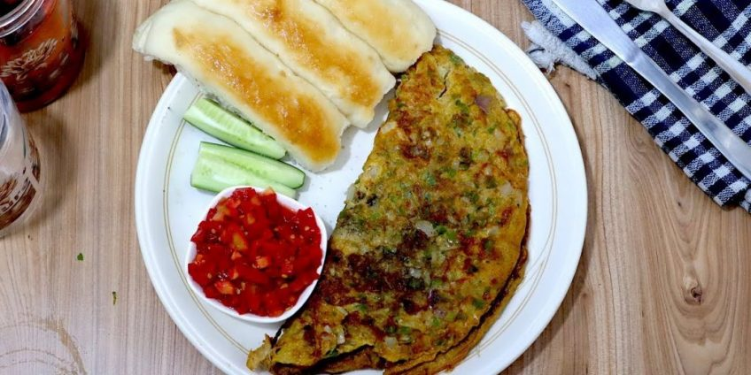 How To Make Soft & Spicy Indian Egg Omelette - Indian Egg Omelette