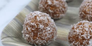 dates & almond energy balls